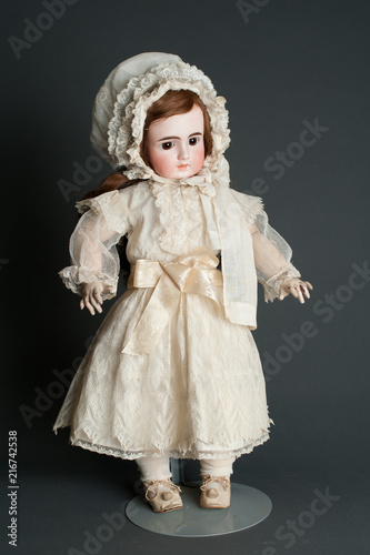Fotografie, Obraz  Antique Bisque Doll I