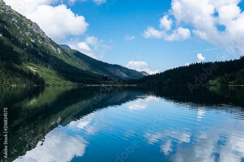 Foto op Plexiglas Meer / Vijver Panoramic view of summer alpine mountain lake