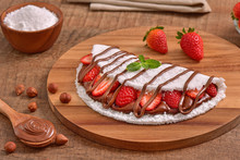 Tapioca Filled With Hazelnuts Cream And Strawberries