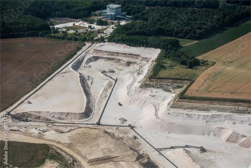 Poster  vue aérienne d'une carrière à Crépy-en-Valois dans l'Oise en France