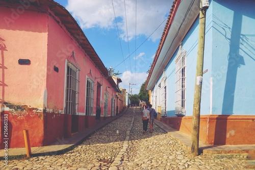 In de dag Spoorlijn Häuser in Trinidad - Kolonialstadt - Kuba