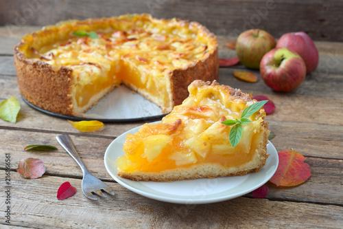Foto  Apfel-Wein-Torte