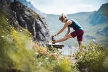 Beautiful Sportive Hiker Girl ...