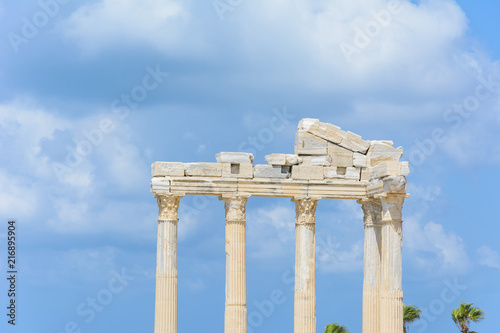 Foto op Aluminium Rudnes the ruins of the ancient temple of Apollo after the earthquake. Thick clouds in the sky. Side, Turkey