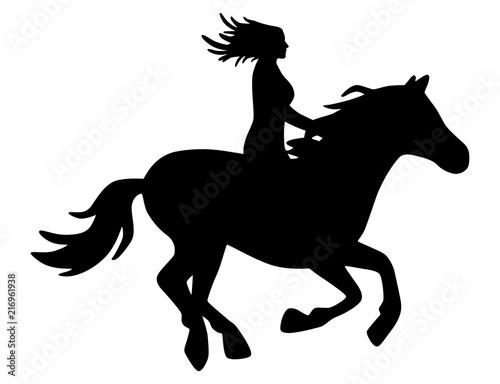 Fotografía  Reiterin mit langen Haaren auf galoppierendem Pferd / schwarz-weiß, Vektor, frei