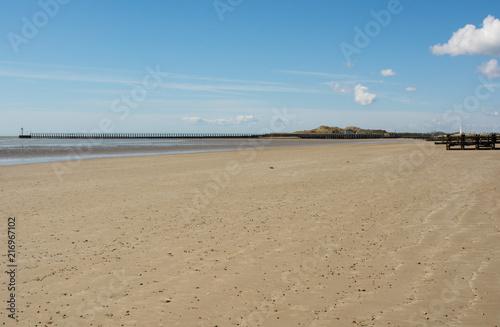Staande foto Strand Deserted sandy beach at Littlehampton, Sussex, England