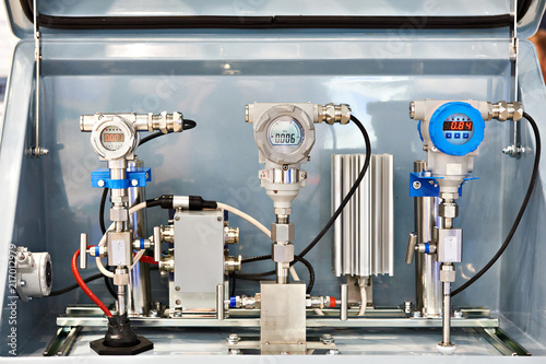 Fotografering Pressure transmitter and sensors
