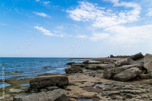 Foto op Plexiglas Kust Quite a picturesque view of the rocky coastline of the Black Sea by cloudy day