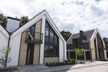 Real Estate Sales. New Beautif...