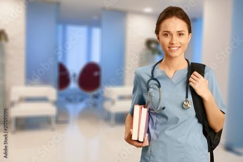 Fotobehang Hoogte schaal Nurse.