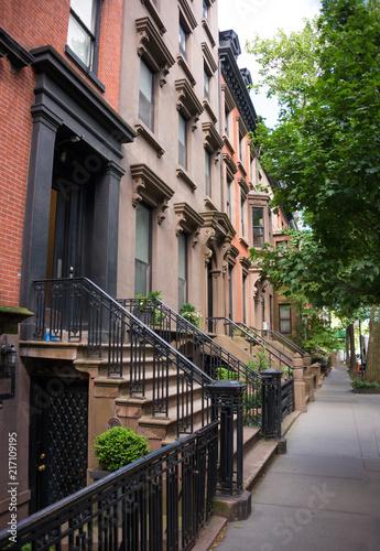 In de dag Chicago Brownstone houses in New York city