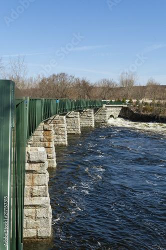 Keuken foto achterwand Verenigde Staten Pedestrian bridge over Blackstone River