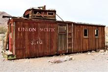 Vintage Wooden Union Pacific T...