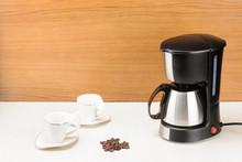 Coffee Machine With Pot And Ha...