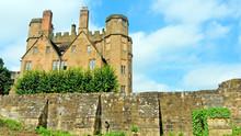 Leicester's Gatehouse, Built B...