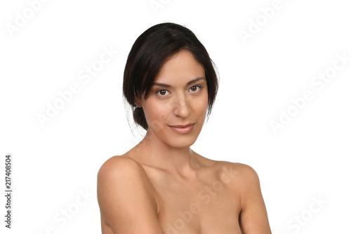 Küchenrückwand aus Glas mit Foto womenART Hübsche junge Frau mit nackten Schultern und perfekter Haut lächelt