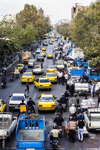 Iran - Tehran - Traffico nelle strade