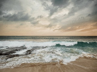Fototapeta Morze Beautiful Tropical Sea view under sunset sky at Sri Lanka beach