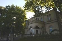 Place Fernand Cocq : Maison Communale D'Ixelles