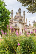 Royal Pavilion In Brighton In East Sussex In The UK. The Royal Pavilion Is An Exotic Palace In The Centre Of Brighton. The Palace Mixes Regency Grandeur With The Visual Style Of India And China.
