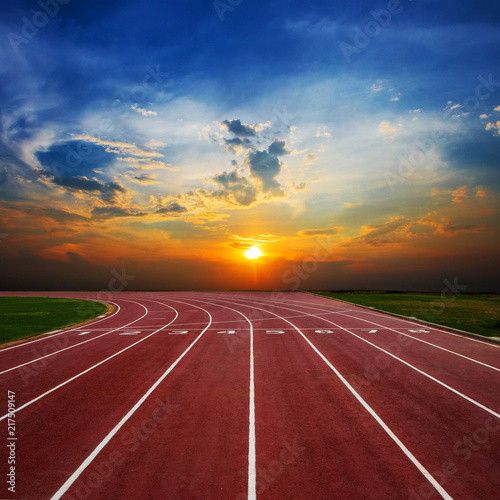 Tuinposter Bordeaux Athlete Track or Running Track with nice scenic