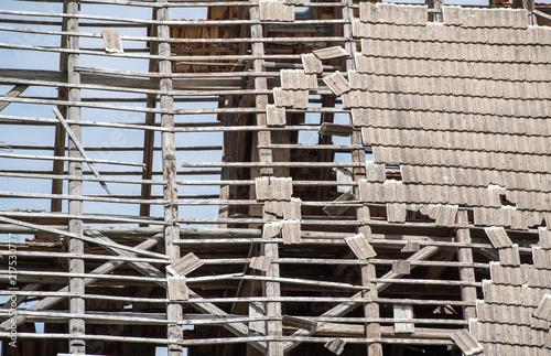 Fényképezés  verfallenes Dach