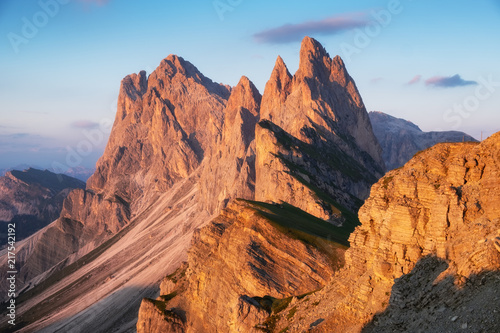 Foto auf Gartenposter Gebirge High mountains in the Dolomite alps, Italy. Beautiful natural landscape at the summer time. Mountains and sky during sunset.