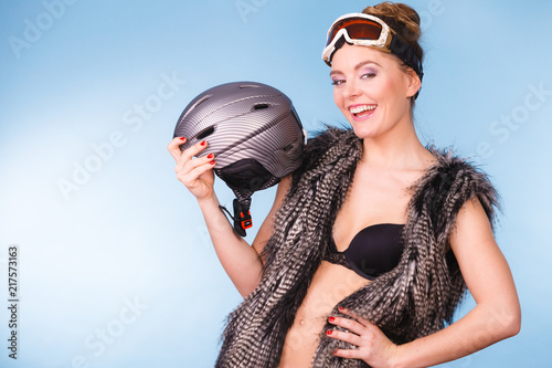 Fotobehang Wintersporten Woman wearing sexy winter sport outfit