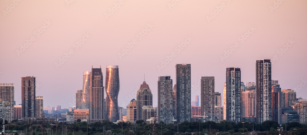 Fototapety, obrazy: City of Mississauga (near Toronto) Skyline at Sunset