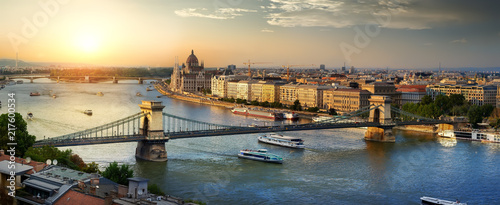 Foto op Plexiglas Historisch geb. Sunset in Budapest