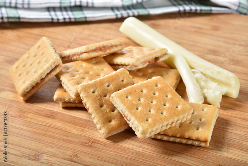 Fényképezés Cracker sandwiches with cheese