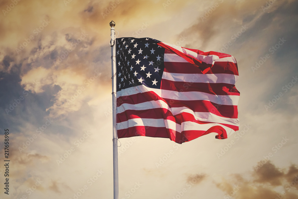Fototapety, obrazy: american flag waving in the sky, toned wth instagram filter