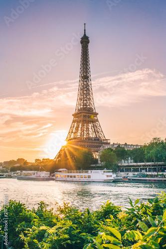 Poster Tour Eiffel lever de soleil paris tour eiffel