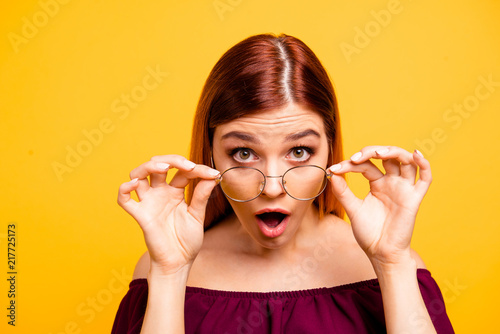 Oh no! What are you doing? Close up photo portrait of attractive Fototapeta