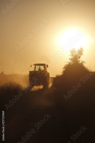 Photo Stands South Africa Tractor