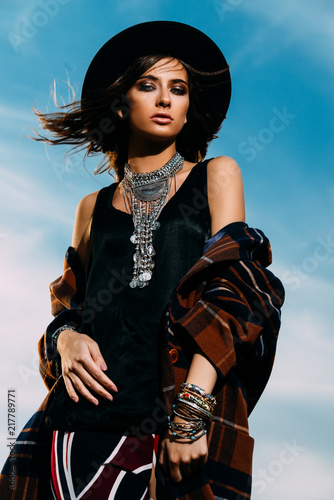 Poster Gypsy romantic woman in hat