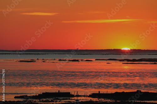 Cadres-photo bureau Brique Coucher de soleil sur la côte Atlantique