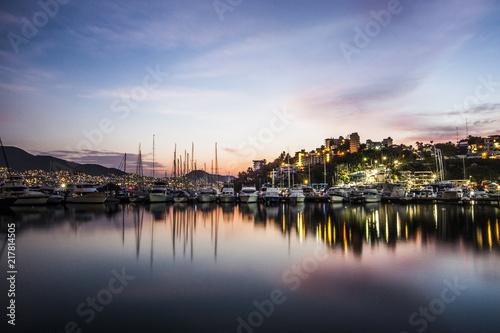 Fényképezés  Marina at Acapulco.