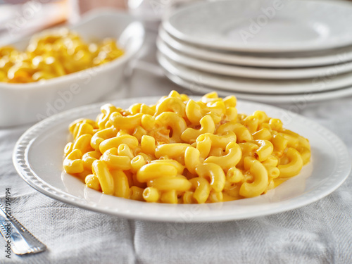 Fényképezés tasty mac and cheese on plate