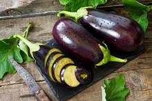 Fresh Healthy Raw Purple Eggpl...