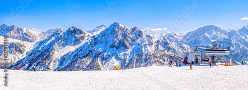 Fotografie, Tablou Dolomites ski slope in winter