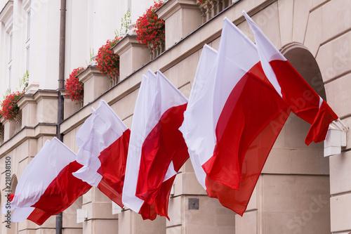 flagi Polski - fototapety na wymiar