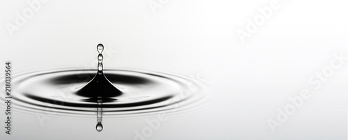 Fotografie, Obraz  Water surface with droplets