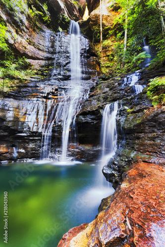 Recess Fitting Waterfalls BM Empress Fall Vert Cliff