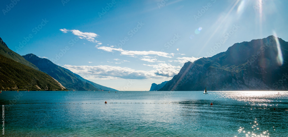 Fototapety, obrazy: Lake Garda is the largest lake in Italy