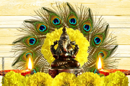 Deurstickers Hand getrokken schets van dieren indian hindu god ganesha religious concept for ganesh puja diwali new year or pongal greeting