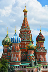 Fototapeta na wymiar St. Basil's Cathedral, moscow, russia, cathedral, church, basil, architecture, kremlin, square, red, orthodox, red square, old, dome, building, st, travel, history, religion, sky, saint, monument