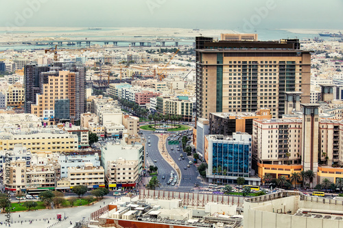 Photo  Aerial view on Deira City Center in Dubai, UAE, on a summer day