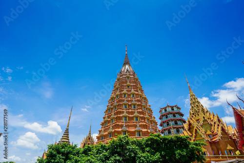 Spoed Foto op Canvas Bedehuis Temple Buddha Thailand Peaceful Sky hugh Art
