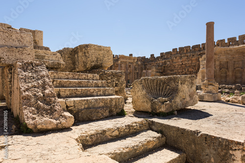 Photographie Great court of the Roman temple of Jupiter, Baalbec heritage site, Lebanon